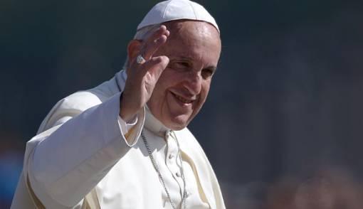 Natal 2018: Paus Fransiskus Kutuk Kesenjangan Ekonomi - JPNN.COM