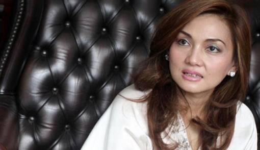Kembali Dipertemukan dengan Farhat Abbas, Nia Daniati Diingatkan Jangan Balikan - JPNN.COM