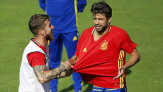 Ramos dan Pique Ingin Saling Lempar Batu, But Not Now! - JPNN.COM