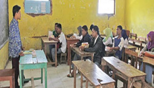 Jangan Sedih, Siswa yang Tidak Diterima di Sekolah Negeri Bakal Dapat Bantuan kok - JPNN.COM