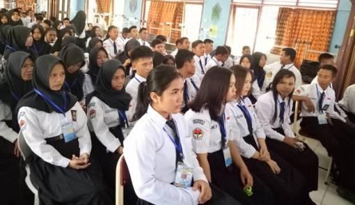 Syukurlah, Kini SPP Gratis untuk Siswa SMK-SMA - JPNN.COM
