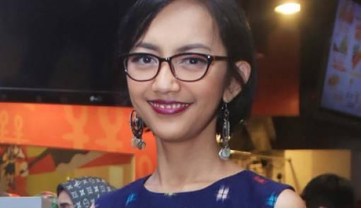 Nina Tamam Gugat Cerai Suami - JPNN.COM