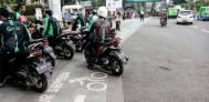 Ojek Online dan Sopir Angkot Ribut, Polisi Lepas Tembakan - JPNN.COM