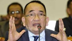 Ruhut Sitompul: Jangan Kalian Bikin Pak SBY Masuk Jurang - JPNN.COM