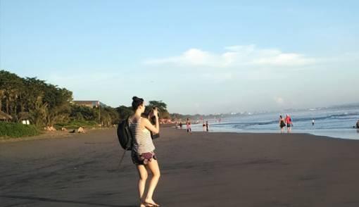 Bali Boyfriend, Disewa Untuk Temani Cewek Jomblo Liburan Sendirian - JPNN.COM