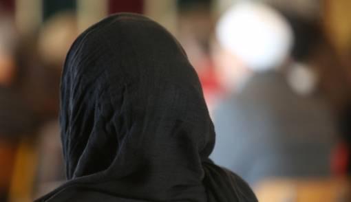 Pengadilan Jerman Larang Guru Pakai Jilbab saat Mengajar - JPNN.COM