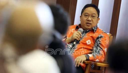Please, Jangan Mendikte Jokowi soal Calon Panglima TNI - JPNN.COM