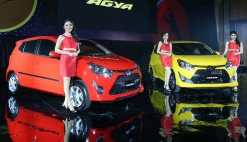 Toyota Pimpin Penjualan Mobil, Honda Posisi 3 - JPNN.COM