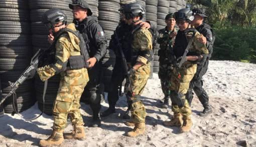 Gubernur Dilatih Militer, Siapakah Paling Ganteng Berpakaian Loreng? - JPNN.COM