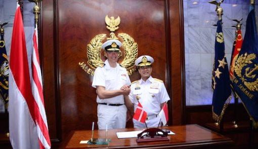 TNI AL Kerja Sama dengan AL Denmark untuk Pembangunan Kapal Perang - JPNN.COM