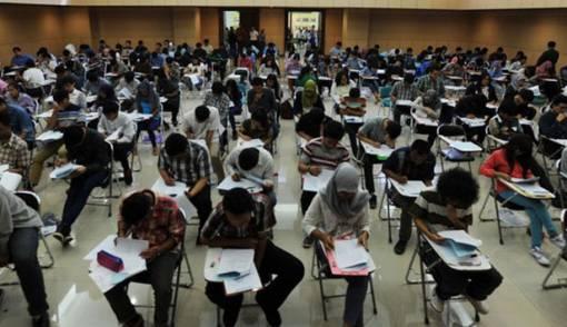 Peserta Ujian SBMPTN Terbanyak Kelompok Sosial dan Hukum - JPNN.COM