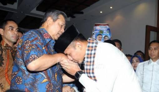Sepertinya Pak SBY Mau Tempuh Berbagai Cara demi Mas AHY - JPNN.COM