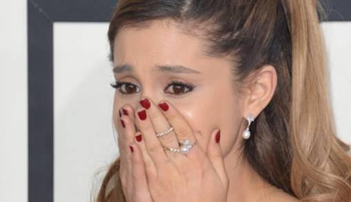 Lupakan Mantan, Ariana Grande Langsung Tunangan - JPNN.COM