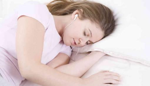Manfaat Tidur dengan Jendela dan Pintu Terbuka - JPNN.COM