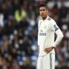 Madrid Tawarkan Raphael Varane Demi Dapatkan Sadio Mane