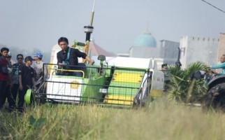 Penerapan Teknologi Pertanian Makin Memikat Anak Muda - JPNN.com