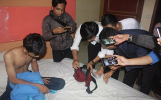 Bawa Narkoba, Pasangan Mesum Ditangkap - JPNN.com