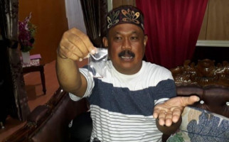 Heboh Penggerebekan di Rumah Pak RT, Salah Sasaran? - JPNN.com