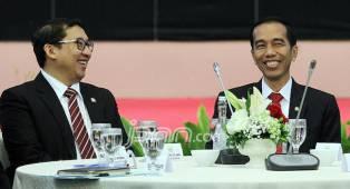 Fadli Zon Ingatkan Jokowi Setop Bagi-bagi Sembako Pakai APBN - JPNN.COM
