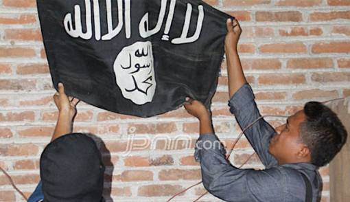 Polri Telisik Akun Penebar Poster Ajakan Gabung Teroris Poso