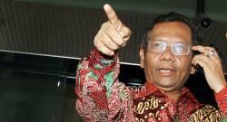 Pujian Prof Mahfud untuk Keberanian KPK Ungkap Suap Meikarta - JPNN.COM