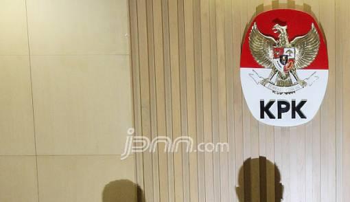 Terungkap, KPK Sodorkan Pil Koplo ke Saksi Korupsi agar Fly - JPNN.COM