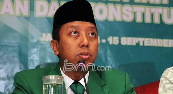 TKN Jokowi-Ma'ruf Segera Copot Alat Peraga Kampanye Bergambar Romi - JPNN.COM