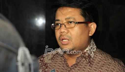 PKS Menanti Aksi Nyata Aung San Suu Kyi - JPNN.COM
