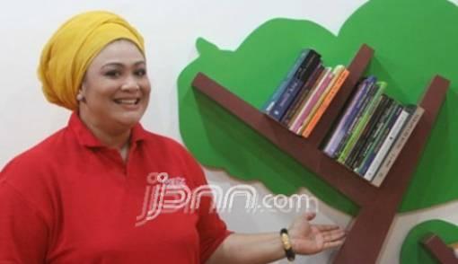 Cara Diet Kenyang Ala Artis Dewi Hughes, Turunkan BB 80 Kg