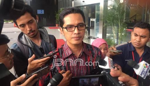 Bupati Lampung Tengah Tak Ditangkap KPK, Nih Fotonya - JPNN.COM