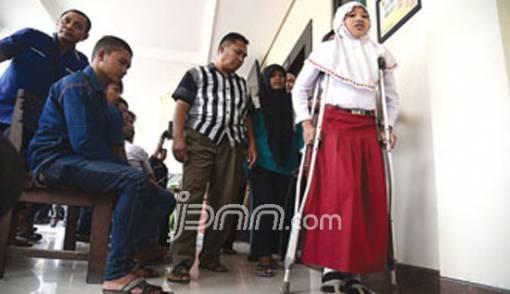 Aneh..Jadi Korban Kecelakaan, Bocah SD Disidang - JPNN.COM