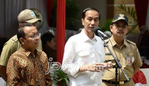 Pengoperasian Jembatan Udara Masih Tunggu Presiden - JPNN.COM