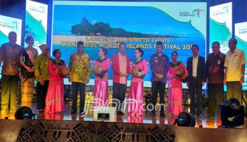 Menpar Sarankan Undang Cruise ke Morotai - JPNN.COM