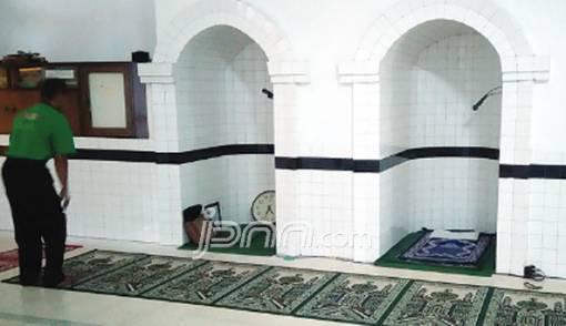 Jejak Marga Assegaf di Masjid Wakaf, 2 Tempat Imam Masih Bertahan - JPNN.COM