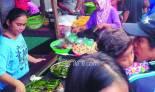 Meraup Untung Jelang Ramadan, Pedagang Kue Bisa Beli Motor - JPNN.COM