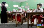 Ratusan Guru Terbelit Kasus Kredit Beragunan - JPNN.COM
