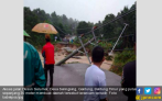 Warga Tutup Jembatan Penghubung Bangka dan Bangka Barat - JPNN.COM