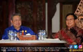 Pengamat: Jokowi Perlu Kikis Jaringan Prabowo dan SBY di TNI - JPNN.COM