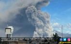 Posko Mulai Kekurangan Stok Logistik, Para Pengungsi Sinabung Was-was - JPNN.COM