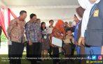 Pak Jokowi Minta Uang Ini Tak Dipakai Beli Pulsa dan Rokok - JPNN.COM