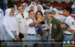 Pelajar Banyuwangi Antusias Ikuti Ziarah ke Makam Bung Karno dan Mbah Hasyim - JPNN.COM