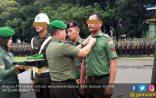 Dipecat, Seragam Dua Oknum TNI Ini pun Berganti Batik - JPNN.COM