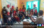 16 Muda-mudi Bukan Muhrim Digerebek Jelang Azan Salat Jumat - JPNN.COM