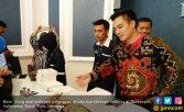 Latah Bisnis Kue, Baim Wong: Persiapan Masa Depan - JPNN.COM