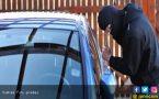 Suami ke ATM, Istri dan Bayinya di Mobil Didatangi Perampok - JPNN.COM
