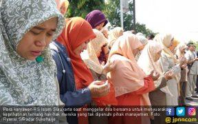 Gaji Dipangkas, Ratusan Pegawai RS Islam Gelar Doa Bersama - JPNN.COM