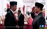 Probowo Bermanuver, Jokowi Mulai Khawatir - JPNN.COM