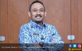 Cikeas Sodorkan Ony jadi Pendamping Khofifah - JPNN.COM