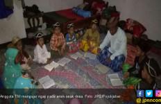 TNI Masuk Desa, Pak Tentara Rajin Mengajar Ngaji - JPNN.com
