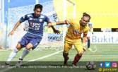 Sriwijaya Diimbangi Arema FC, Pelatih Salahkan Pemain - JPNN.COM